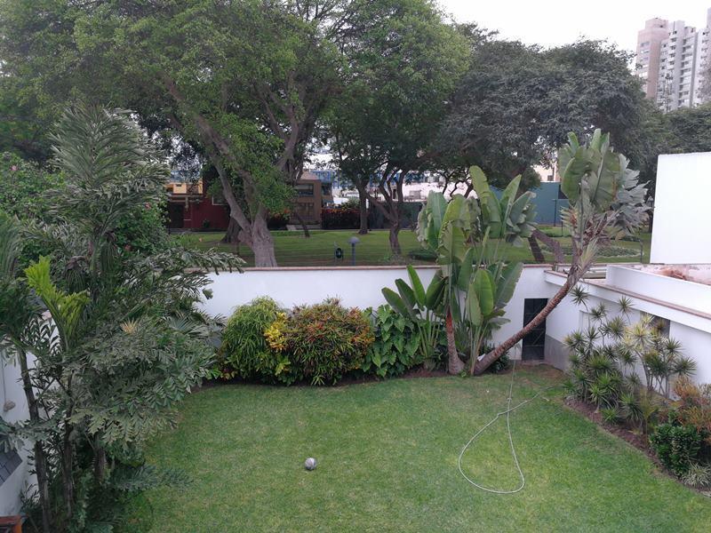 9 de 15: Foto de la casa donde se construirá el proyecto...vista real