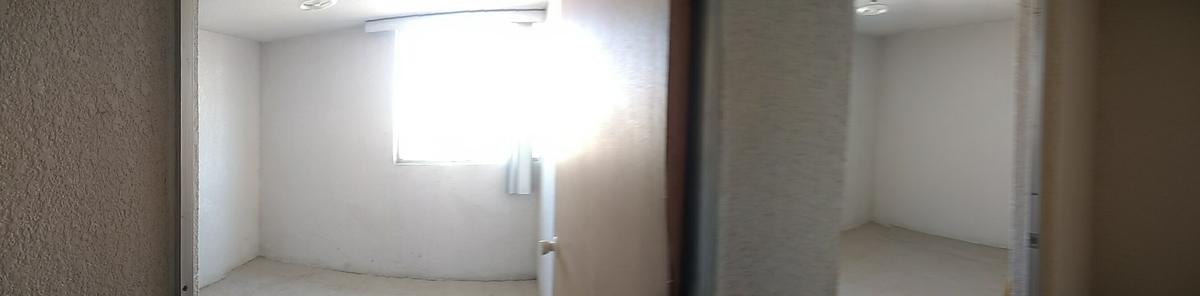 6 de 17: 2 habitaciones.