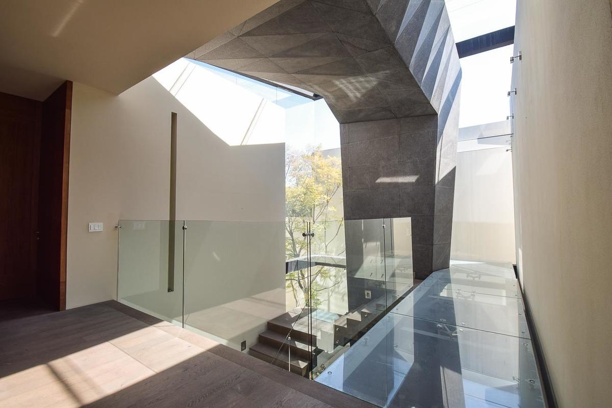 8 de 49: Detalles arquitectónicos muy modernos