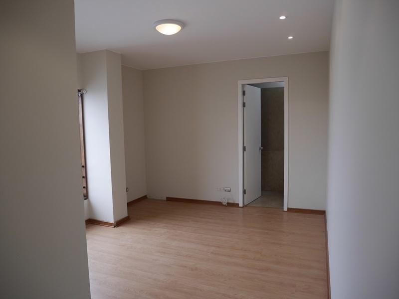 34 de 42: Dormitorio 2