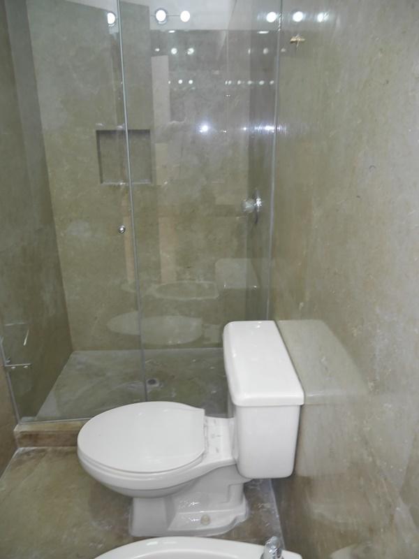 37 de 42: Baño secundario
