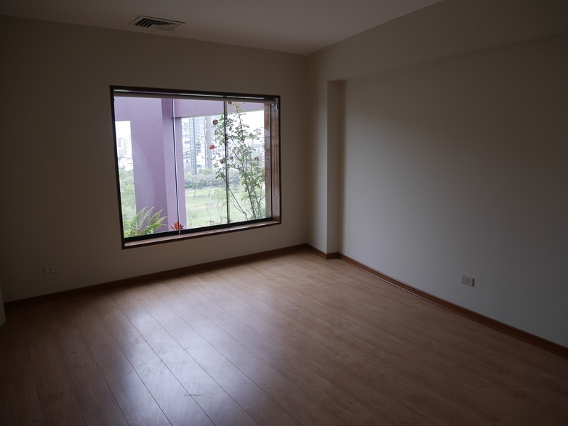 39 de 42: Dormitorio secundario