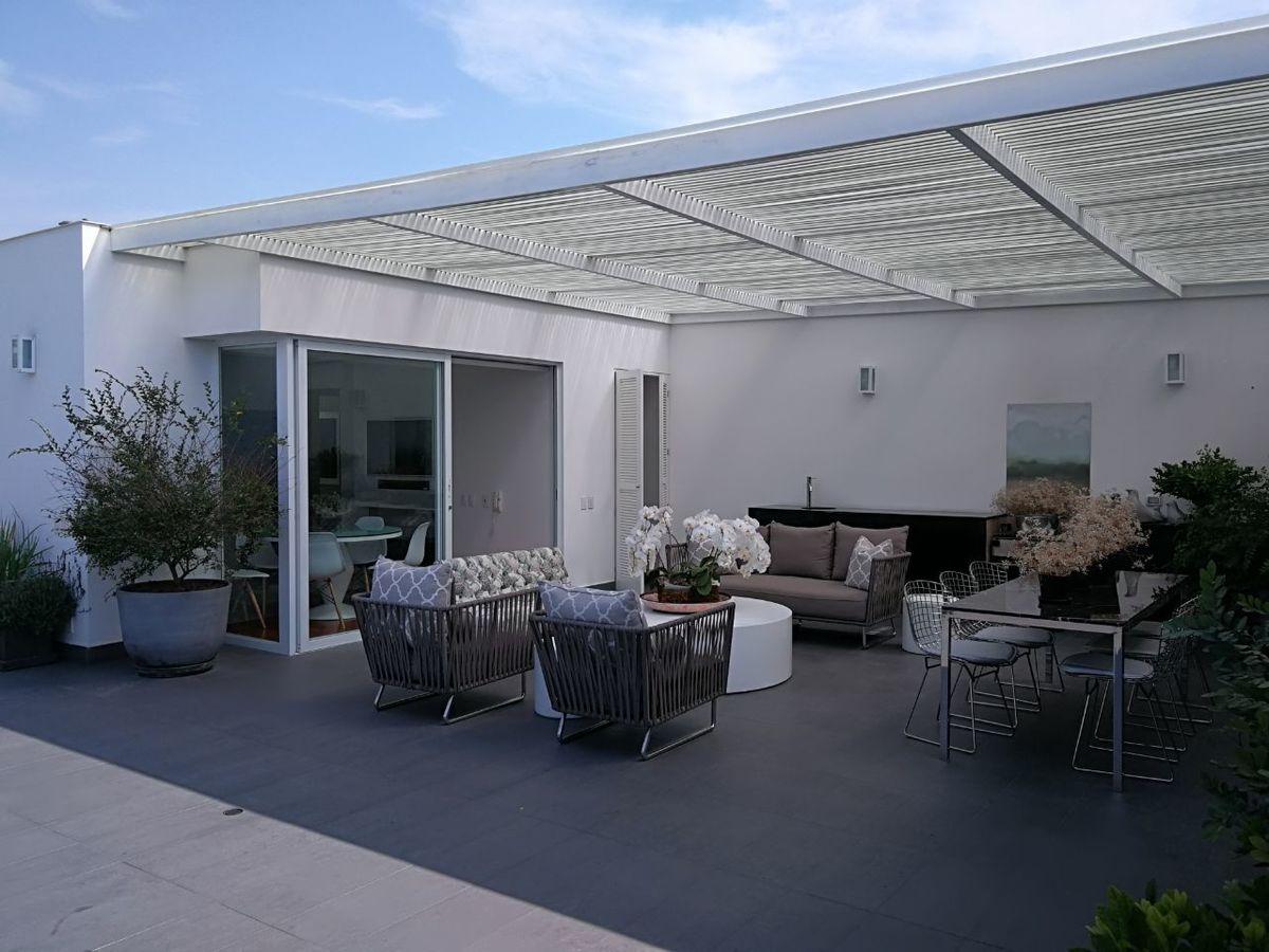 8 de 41: Espectacular Terraza con Jardín y BBQ...