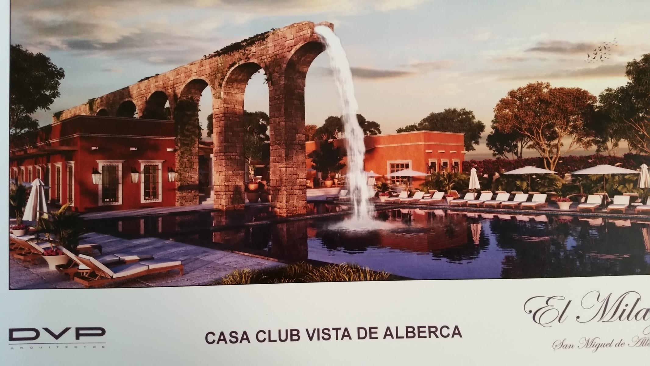 8 of 14: Acueducto y alberca