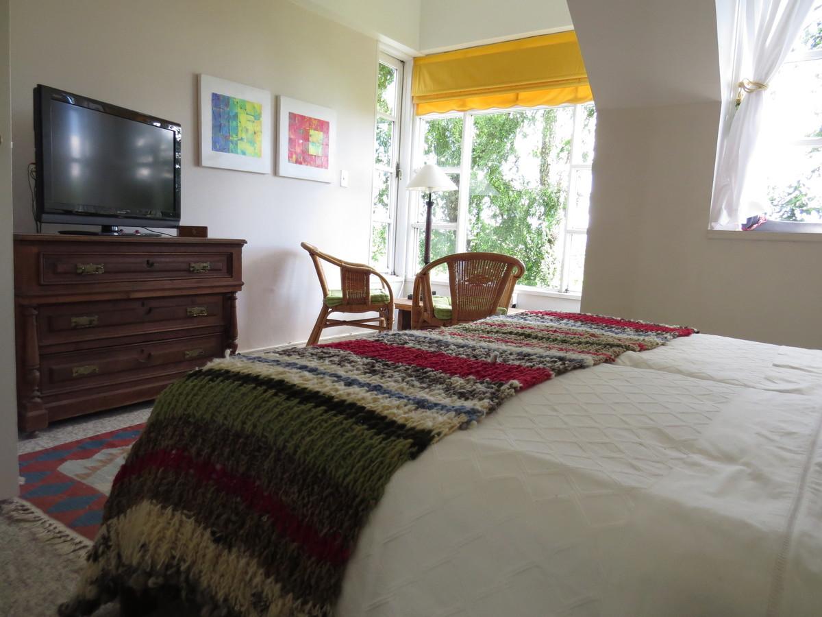 9 de 27: Dormitorio principal en suite