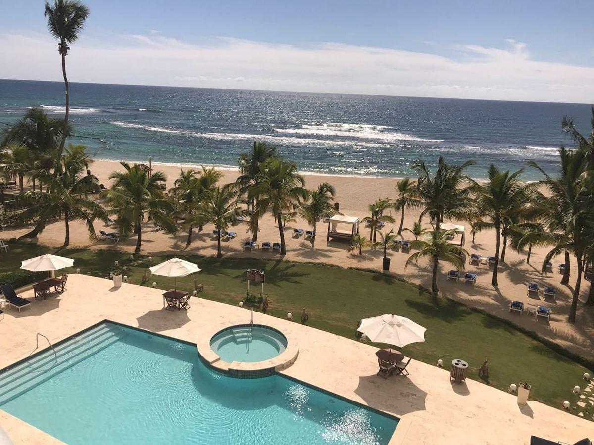 1 de 22: Vista a la playa desde el apartamento