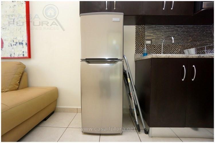 20 de 44: Refrigeradora
