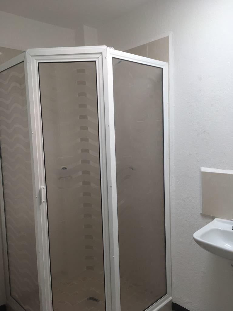 2 de 8: Baño Principal