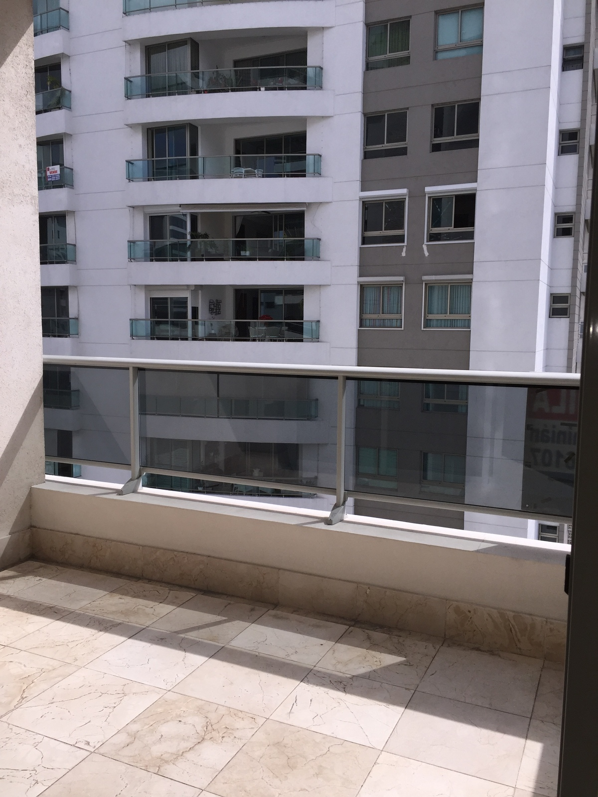 6 de 25: balcón