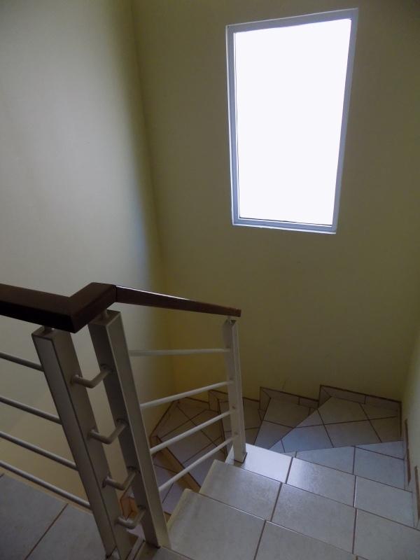 25 de 32: escaleras