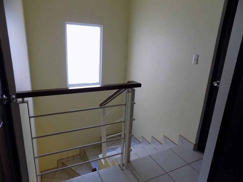 16 de 32: escaleras