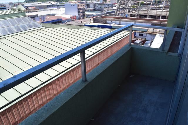 7 de 8: Balcon Oficina 1