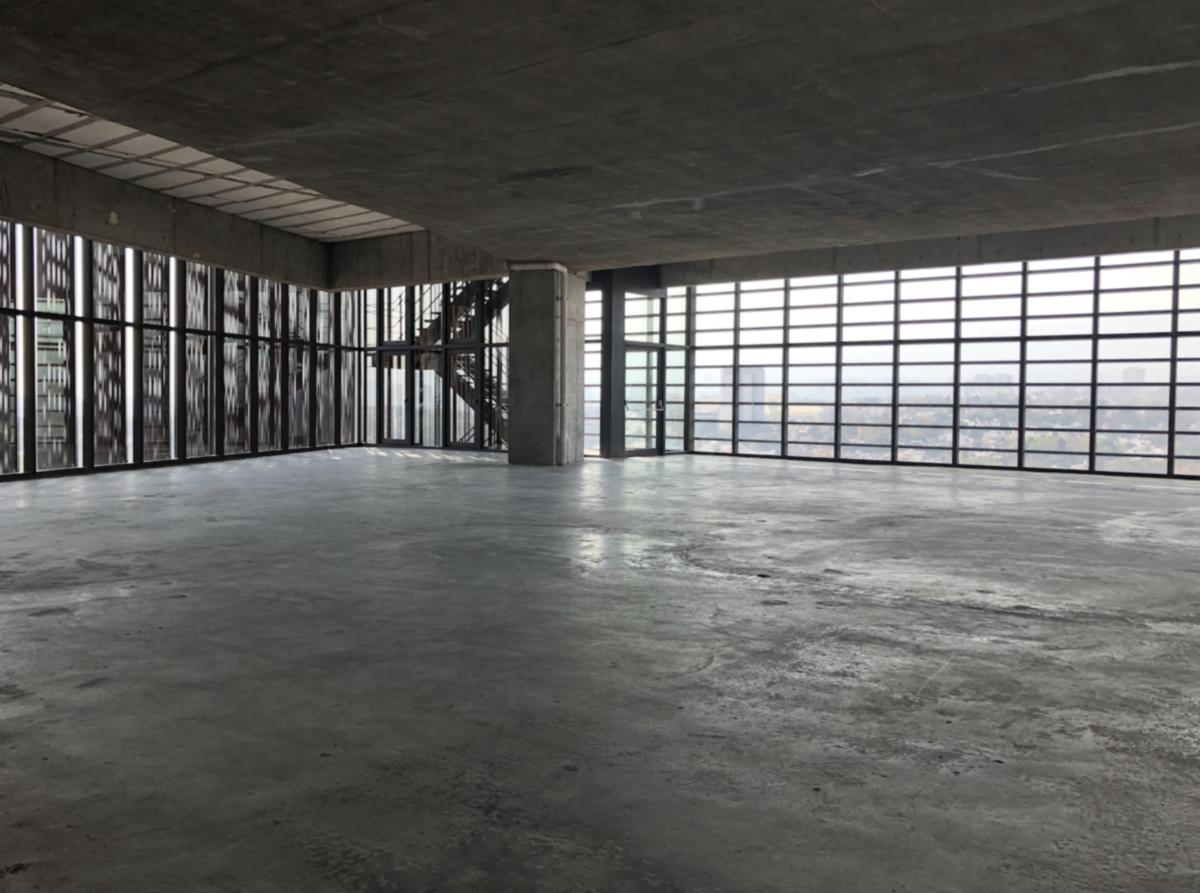 4 de 7: Edificio de arquitectura super moderna