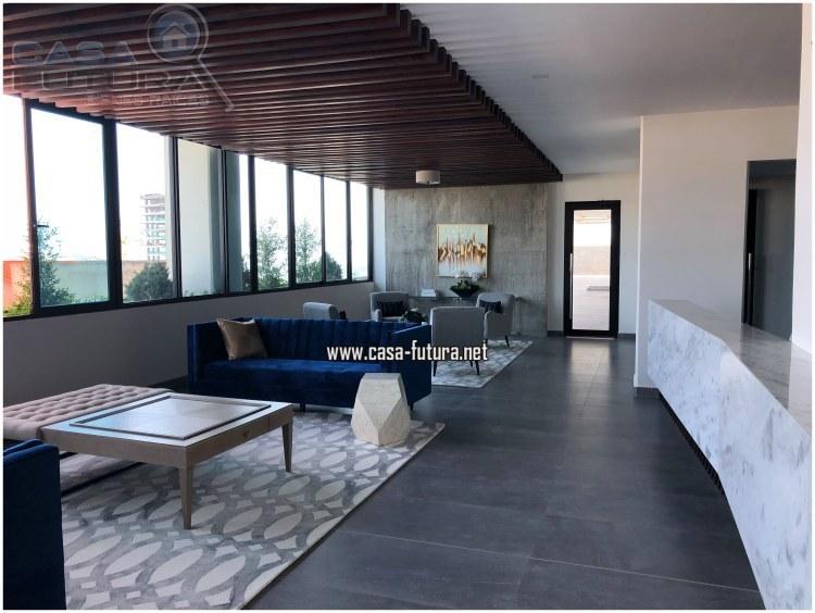10 de 31: Lobby muy moderno y elegante con detalles unicos