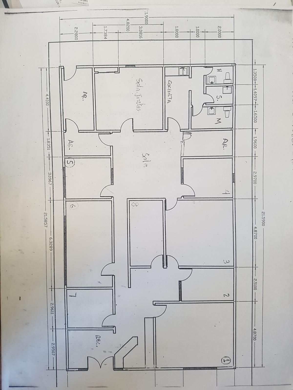 20 de 21: Planta de edificio