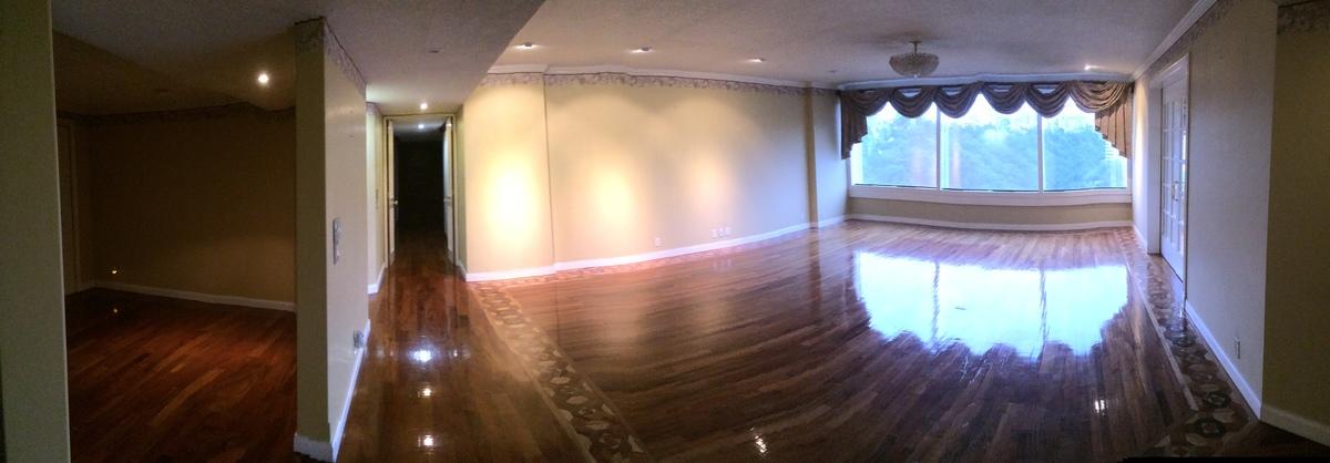 12 de 48: Recibidor, pasillo, Sala principal