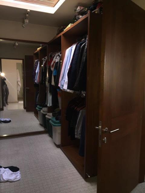 14 de 16: closet