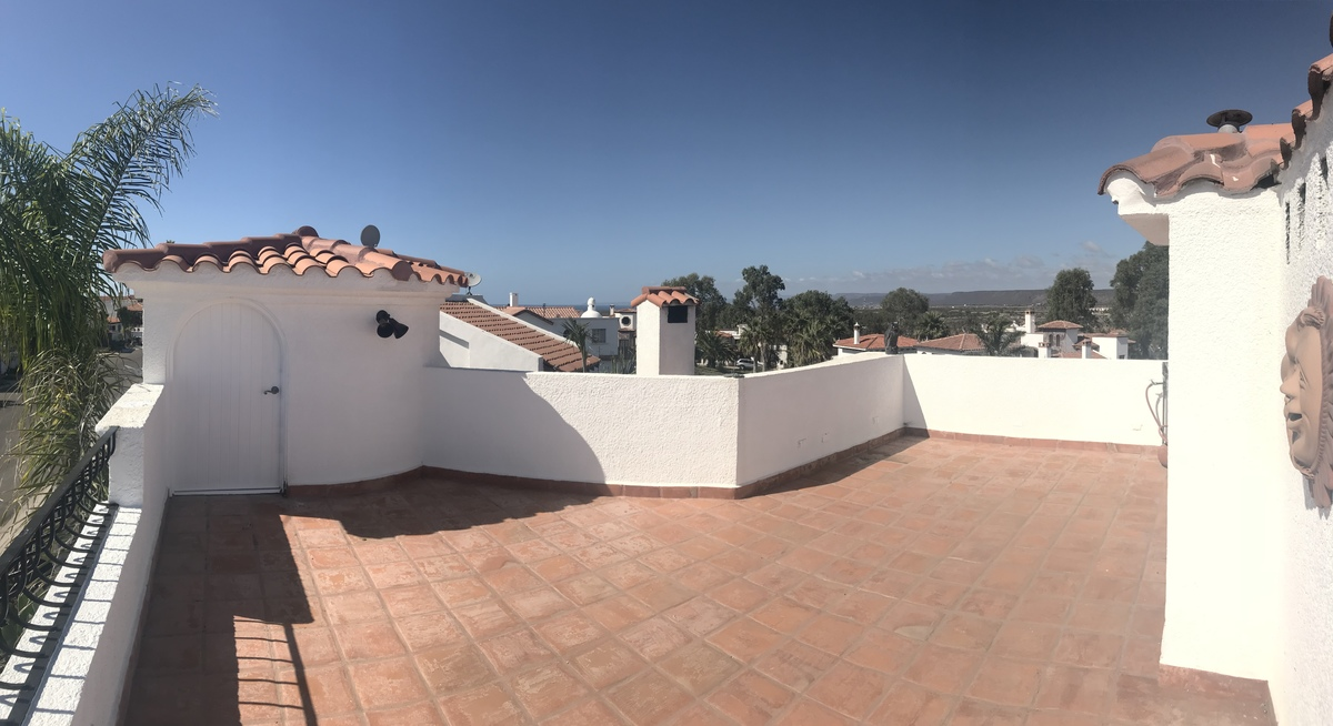 25 de 27: Terraza de techo