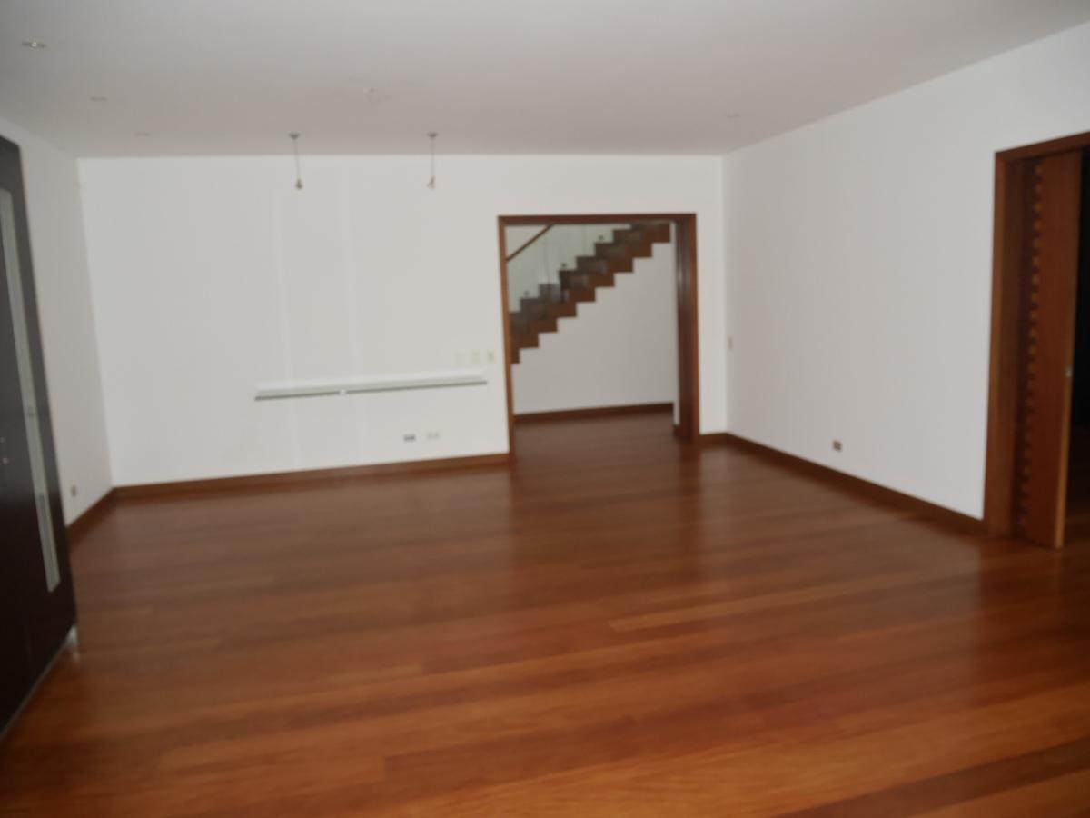 19 de 21: Vista parcial de la sala