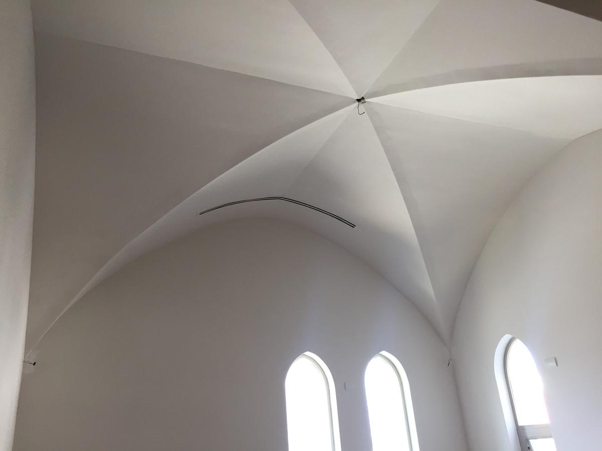 14 de 17: Bóvedas con ducteria oculta.