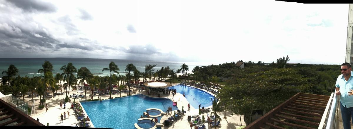 1 de 8: Con manglares dentro del propio resort