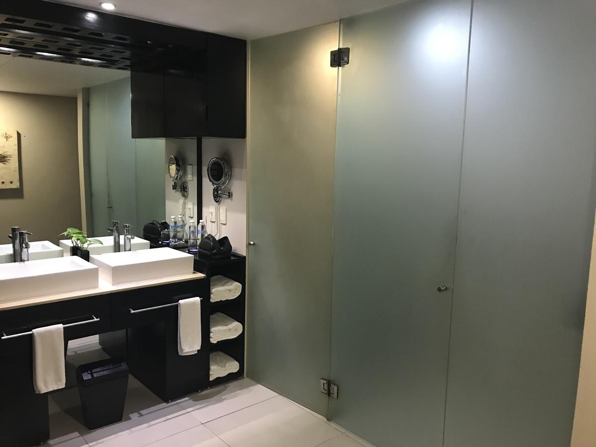 8 de 8: Baños dentro de la habitación