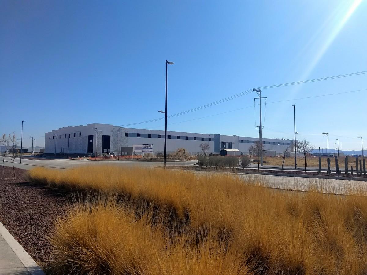 5 de 18: Ejemplo Bodega Industrial