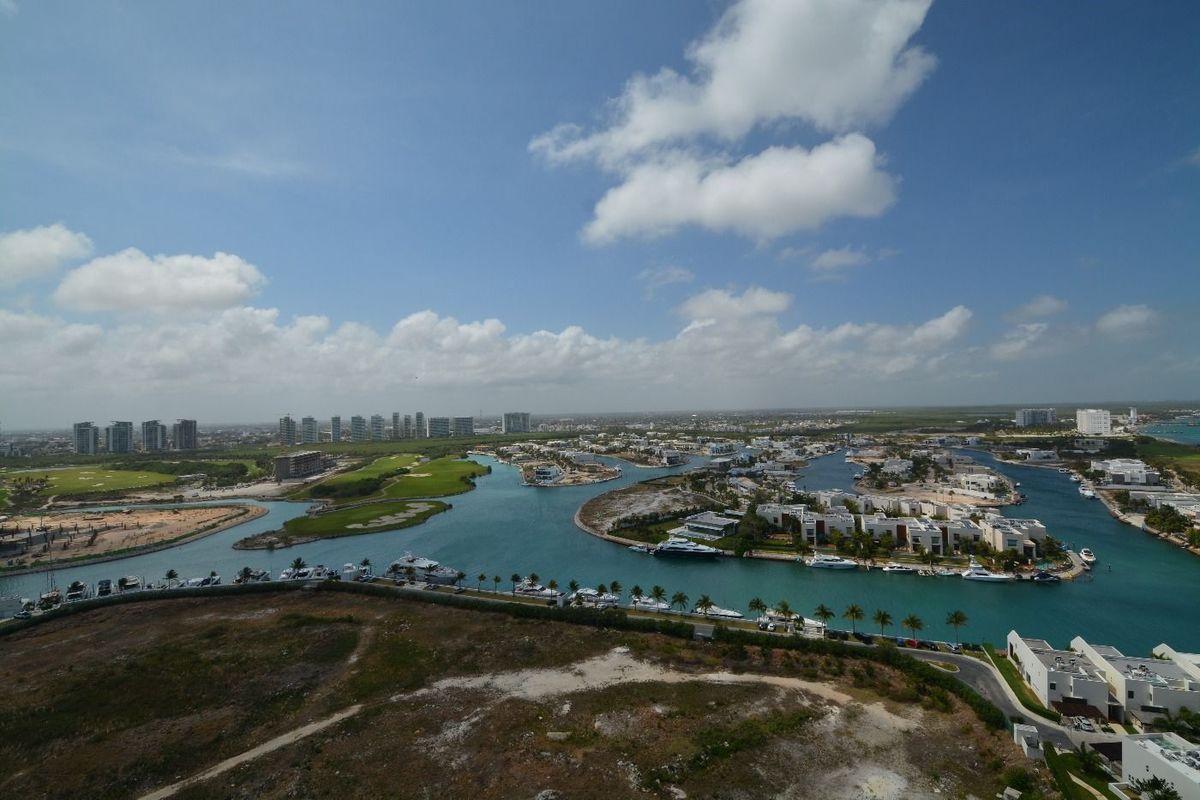 9 de 22: desarrollo puerto cancun