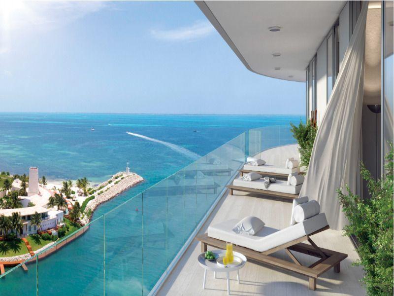 4 de 12: terraza con vista al mar
