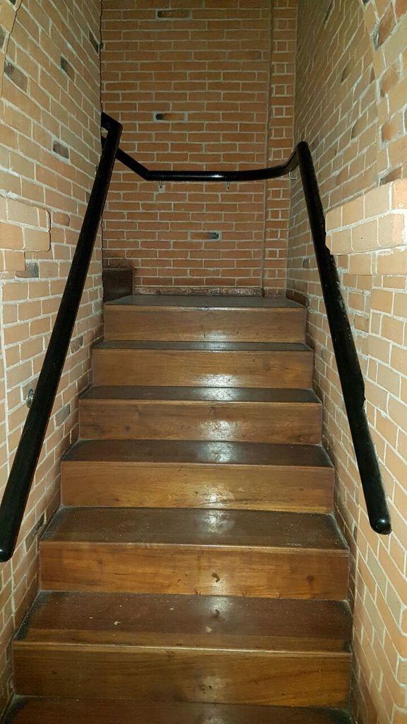 2 de 10: escaleras