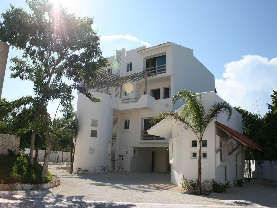 1 de 27: Villa en venta Lagos del Sol