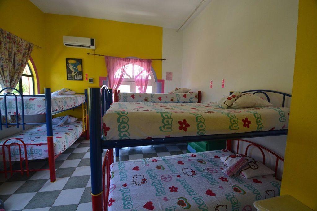 18 de 23: habitacion