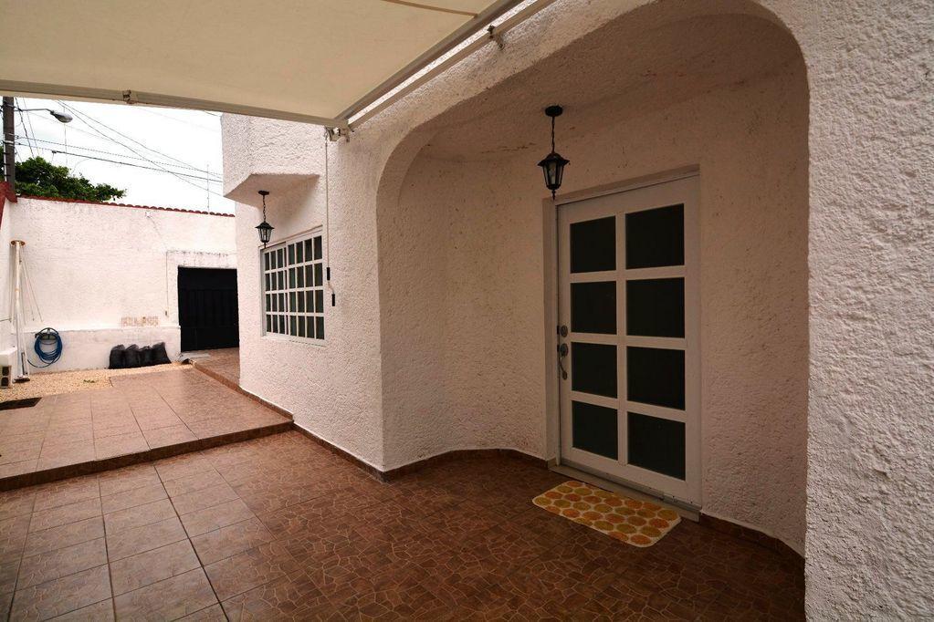 5 de 18: Amplia casa en cancun centro