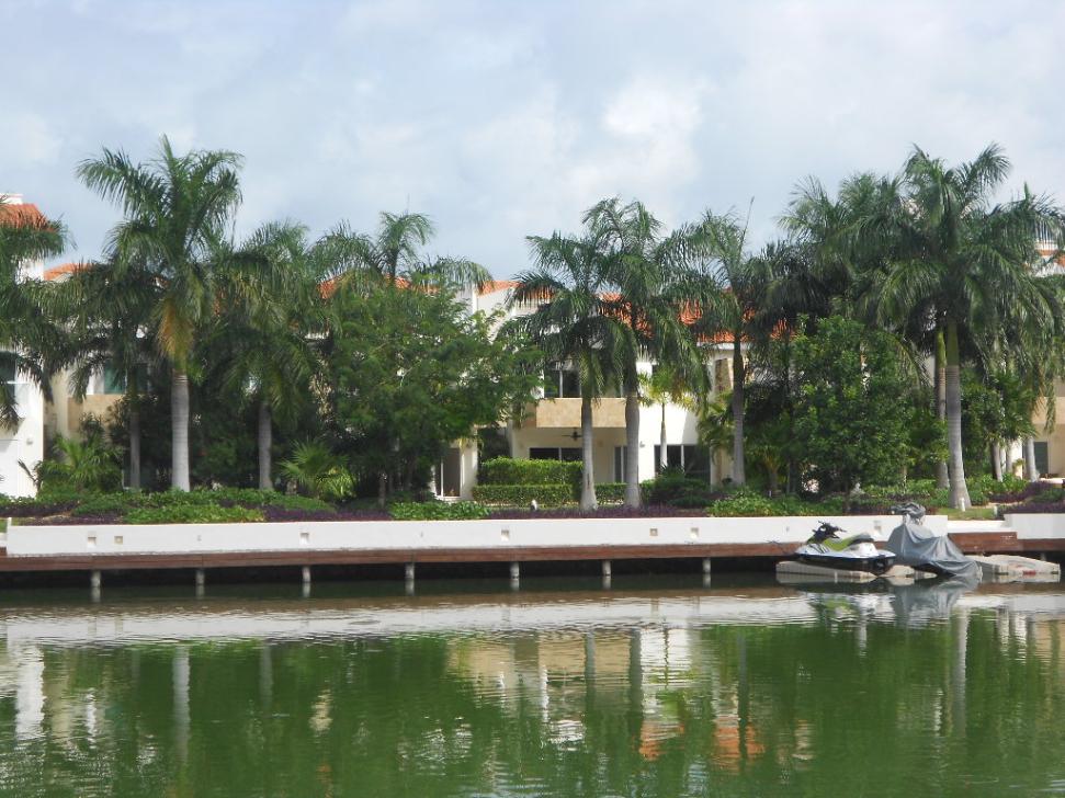 20 de 23: Penthouse con vista a la laguna