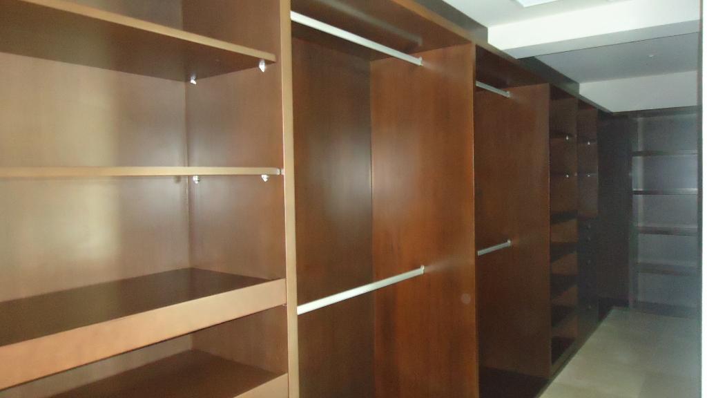 25 de 26: closets
