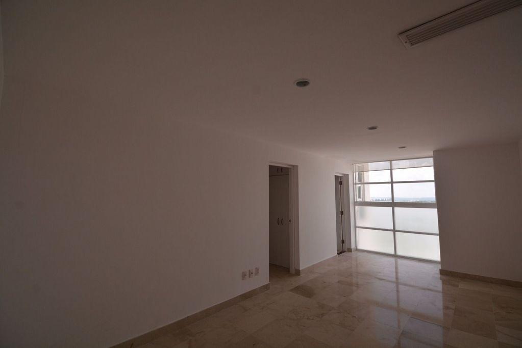 4 de 17: Amplio penthouse