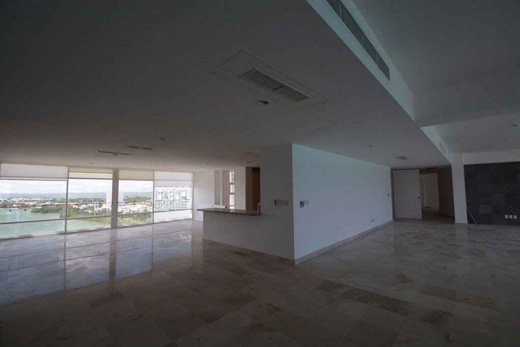 10 de 17: Amplio penthouse