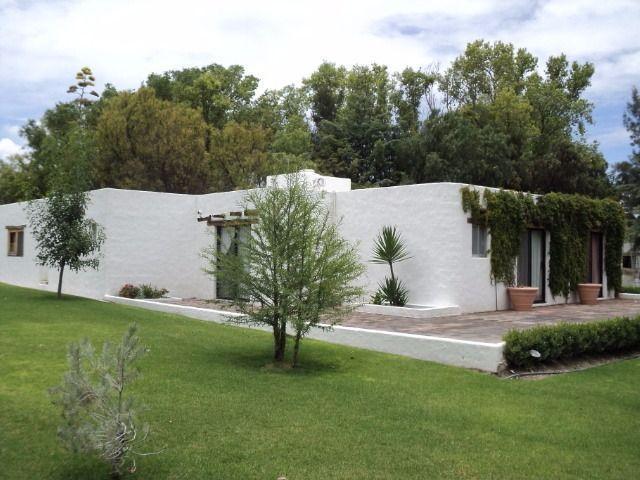3 de 10: Terreno con casa en Queretaro