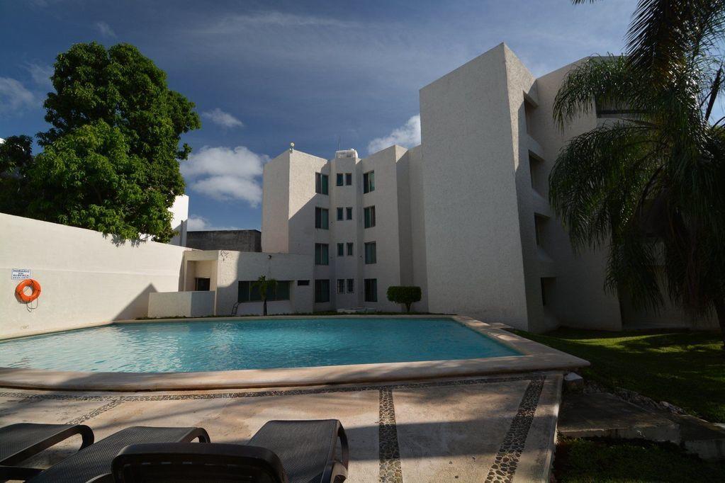 2 de 18: Hotel en el centro de Cancun