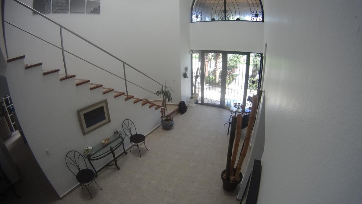 7 de 36: Vista de Vestíbulo desde Sala tv