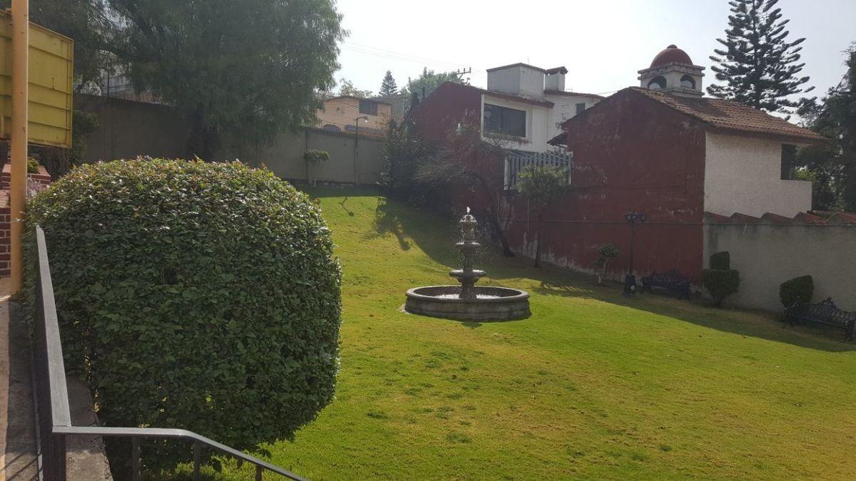19 de 23: Jardin Principal Area comun