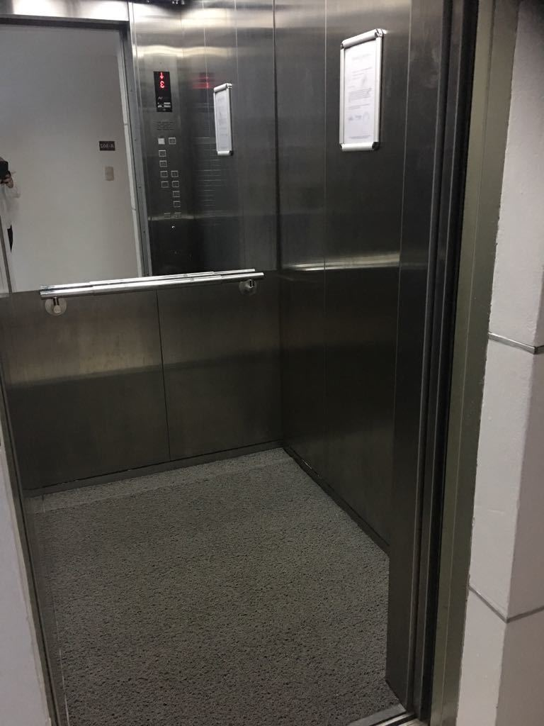 1 de 7: ascensor