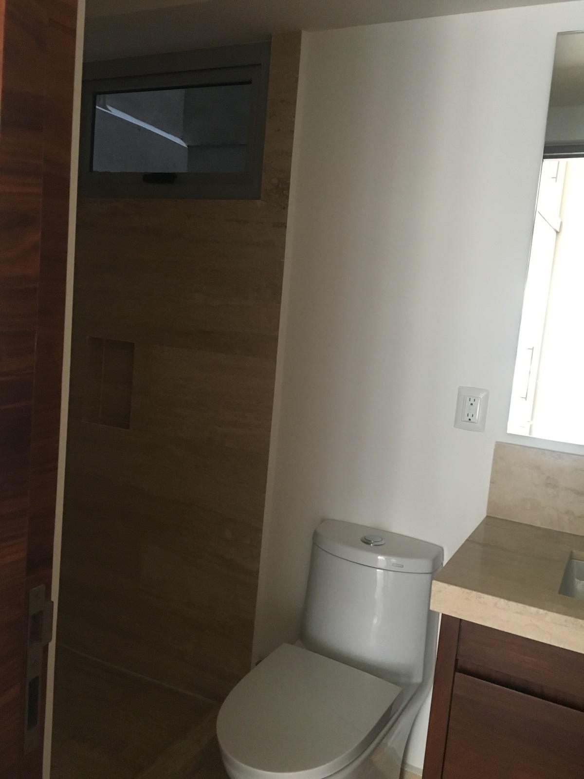 10 de 18: Muebles baño