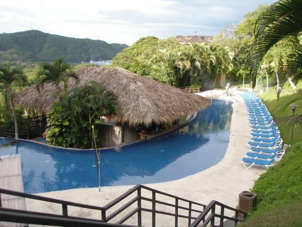 9 of 9: Resort Pool