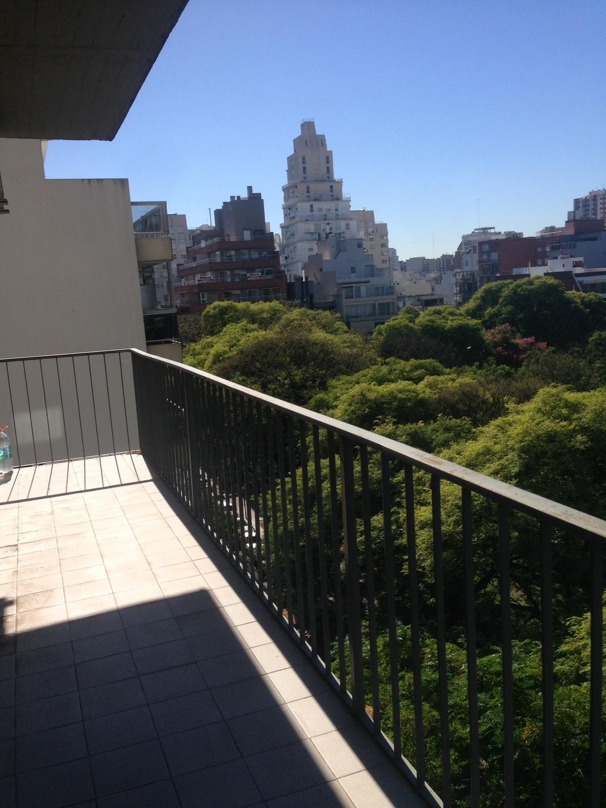 19 de 28: balcon sobre Ugarte