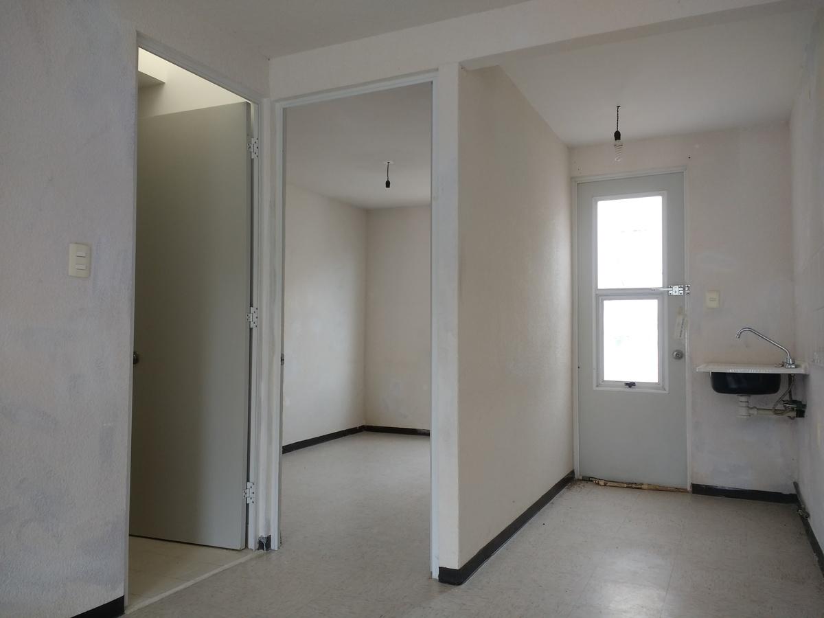 4 de 9: Cocina y habitacion
