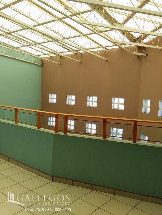 19 de 20: segundo piso viendo al area de recepción