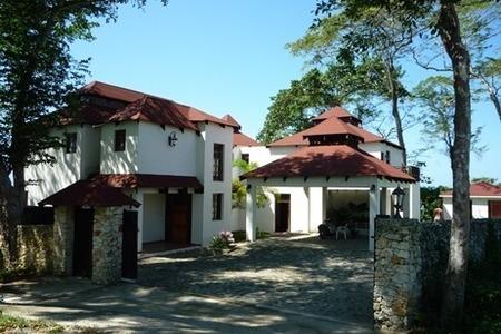Medium villa