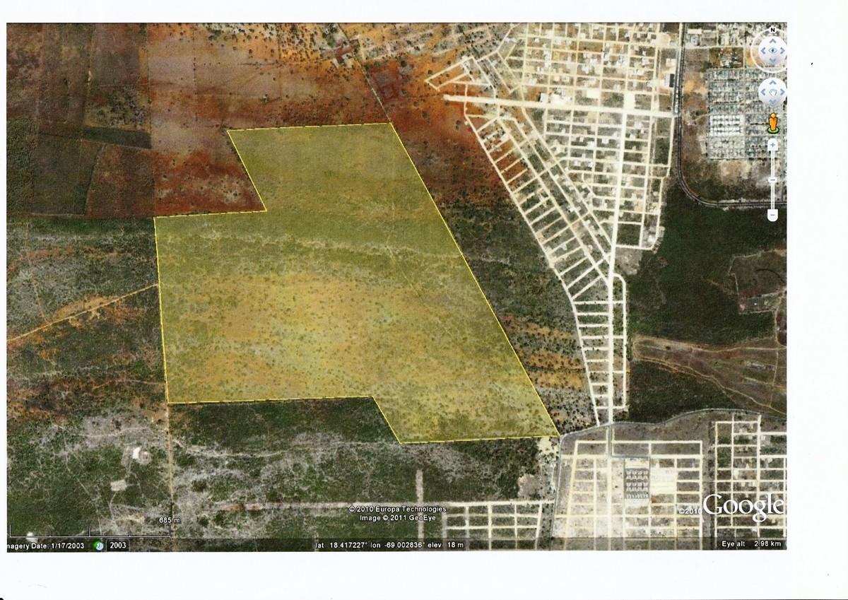 1 de 3: Ubicación Lotes de terrenos en la Romana 46,162.48 m2