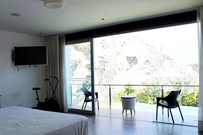9 de 27: Balcón Dormitorio Principal